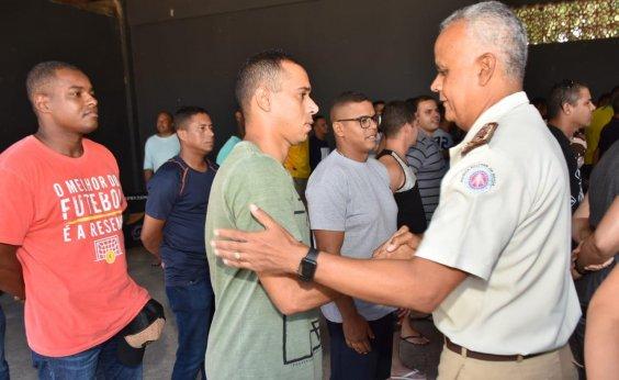 [Policiais militares enviados ao Ceará retornam à Bahia]
