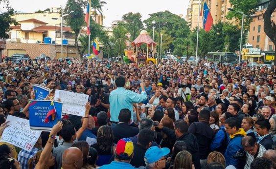 [Presidente da Assembleia Legislativa da Venezuela promete anistia a militares que desertarem de Maduro]