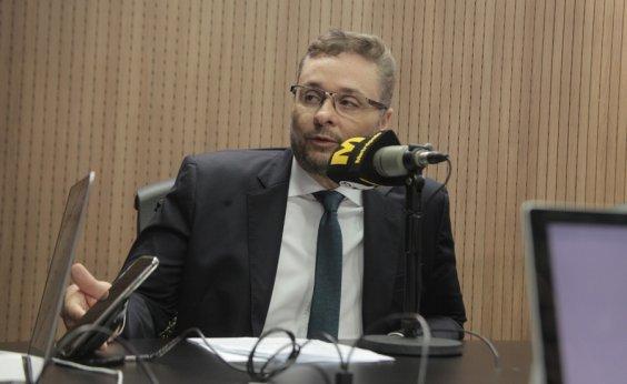 [Secretário da Fazenda diz que espera de Bolsonaro postura diferente da de Michel Temer]