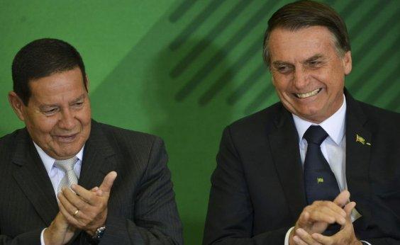 [Em Davos, Bolsonaro vai mostrar que não é 'Átila, o huno', diz Mourão]