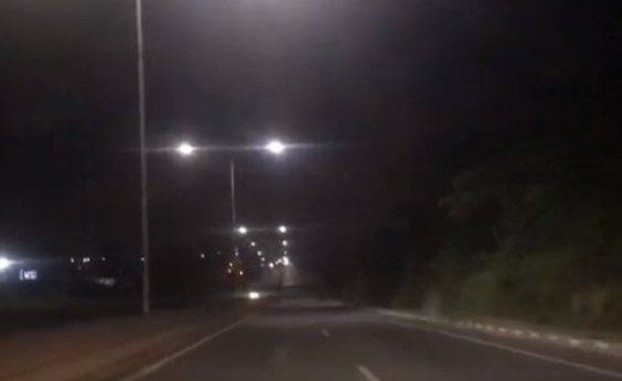 ['Pisca-pisca' da Via Bahia assusta motoristas na BR-324; veja vídeo]