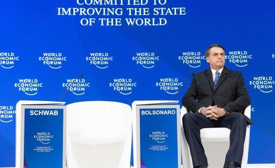 [Discurso 'contido' de Bolsonaro em Davos faz bolsa de valores recuar]
