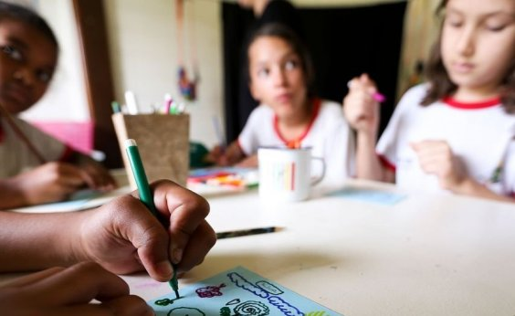 [Governo promete liberar ensino domiciliar através de medida provisória]