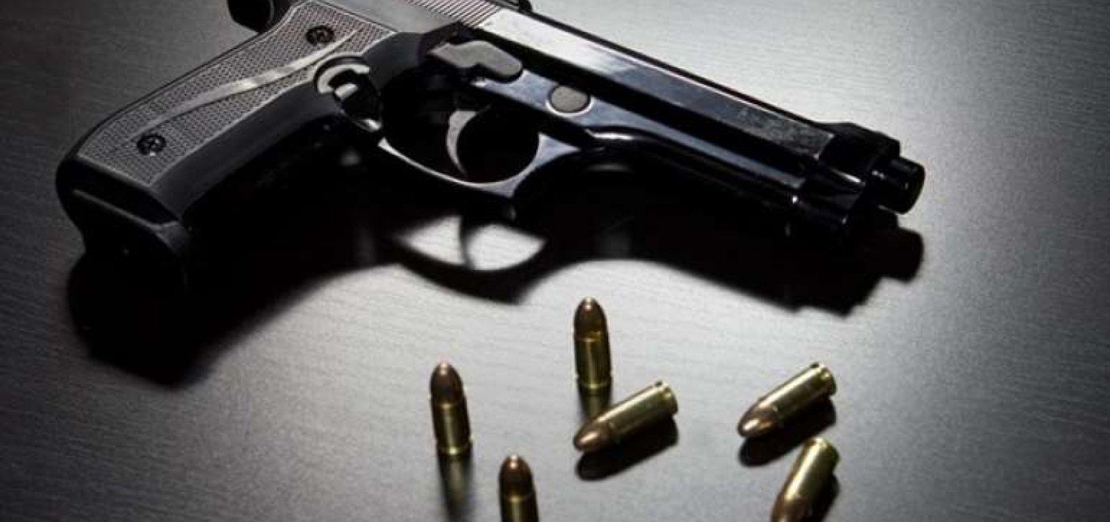 [A cada 3 dias, uma criança é internada após acidente doméstico com arma]