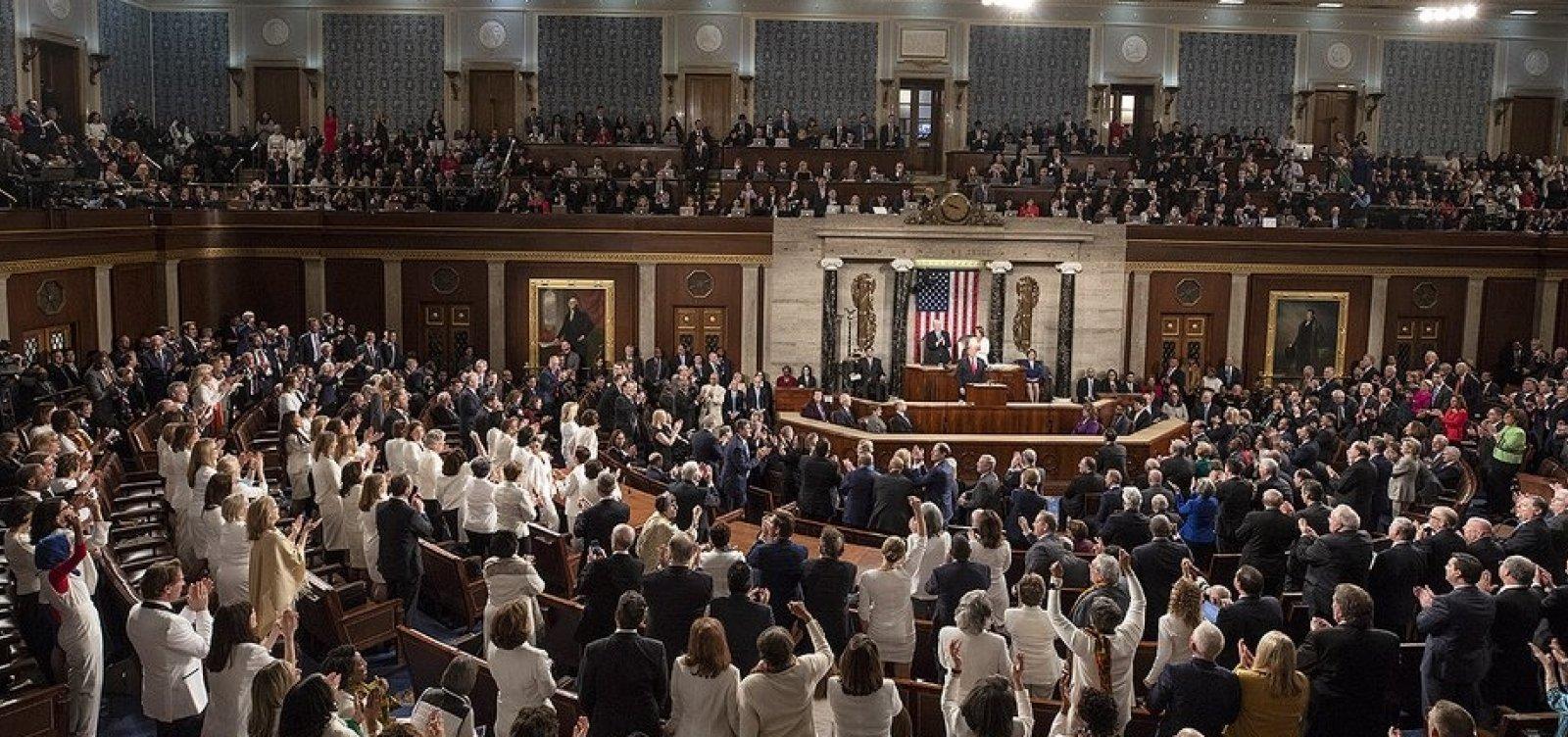 [Congressistas fecham acordo provisório para evitar nova paralisação nos EUA]