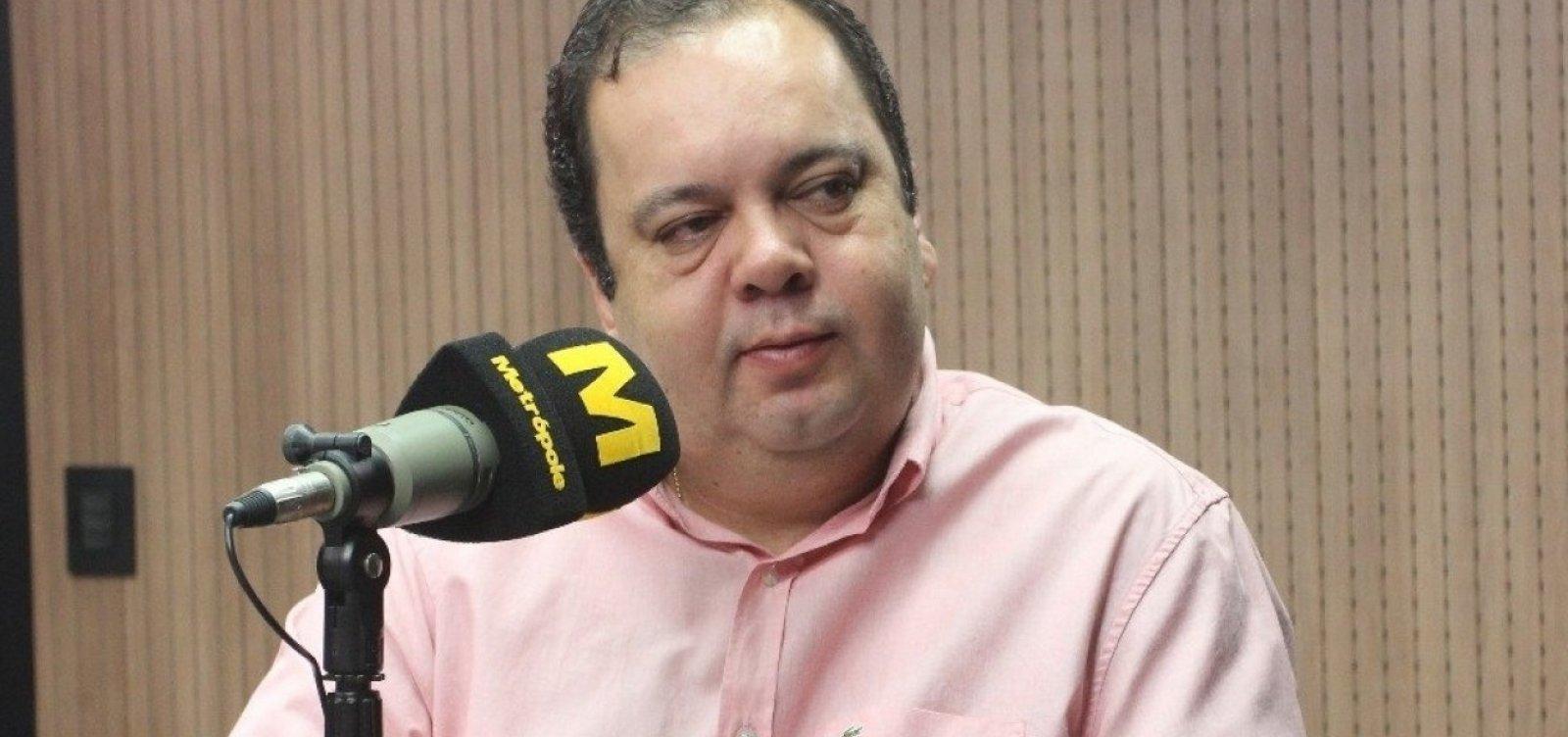 [Após chamar Bolsonaro de 'louco', deputado baiano lidera bloco do governo]