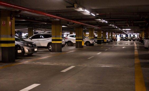 [Defesa Civil aponta problemas em estacionamento do Shopping Paralela; veja vídeo]