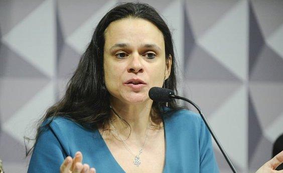 ['Não tem cabimento', diz Janaína Paschoal sobre exoneração de Bebianno]