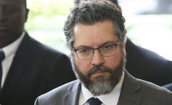 [Ministro exclui curso sobre América Latina da formação de diplomatas, diz jornal]