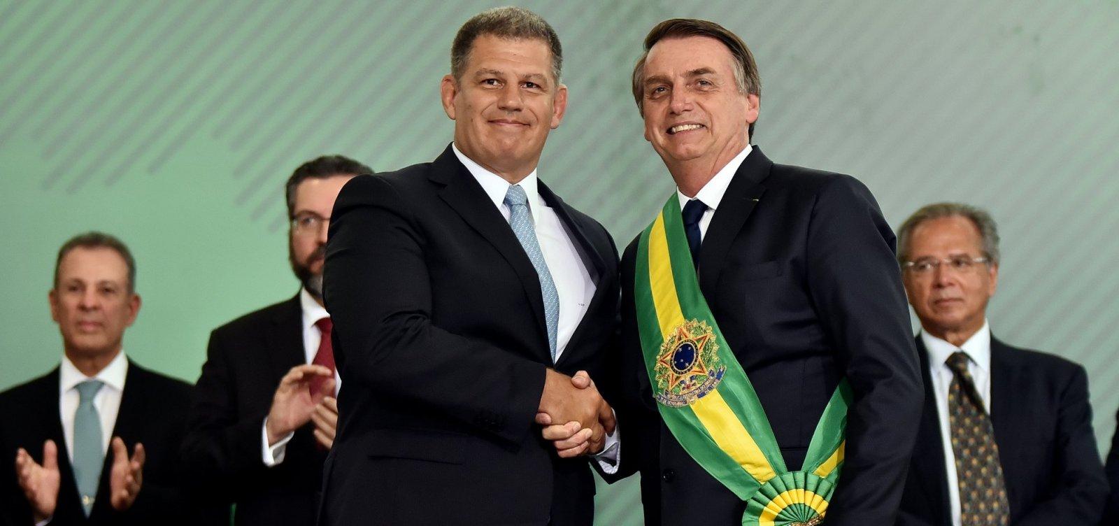 [Bebianno e Bolsonaro negociam saída para crise política]