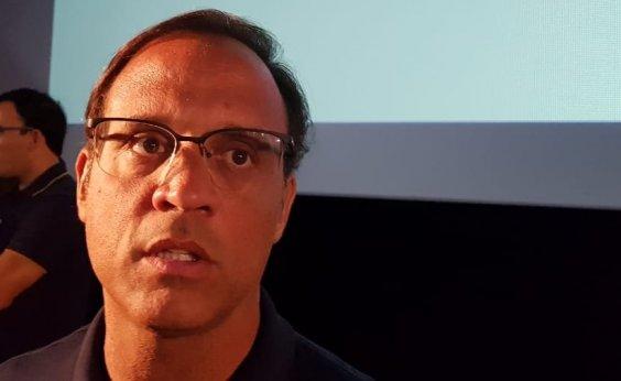 [José Eduardo critica TV Bahia: 'Baiano não entende a língua que eles falam']