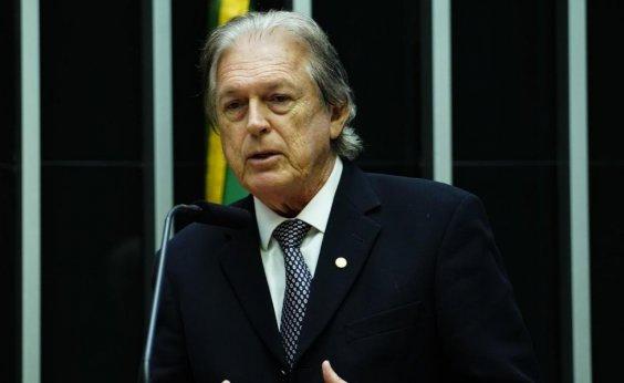 [Presidente do PSL nega que irá deixar partido]