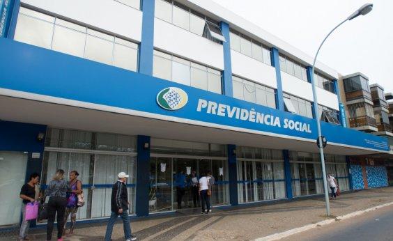 [Proposta de reforma da Previdência prevê pagamento de R$ 400 a idosos 'miseráveis']