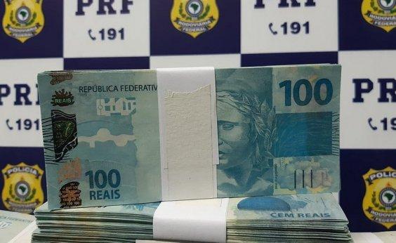 [Passageiro de ônibus é preso com R$ 231,6 mil em notas falsas]