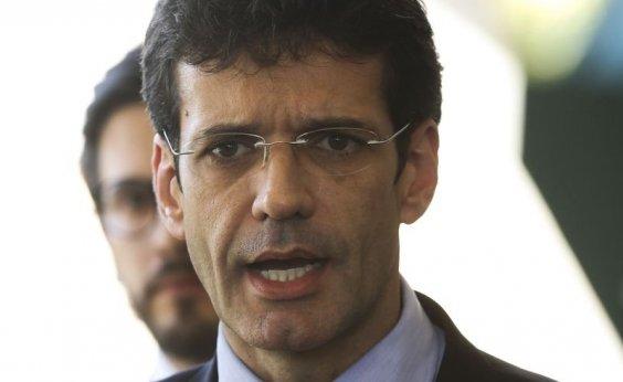 [Ministro do Turismo pede que investigação de 'laranjas' do PSL seja transferida para o STF]