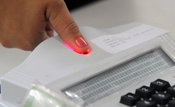 [Em fim de prazo, eleitores da RMS encontram dificuldade para fazer recadastramento biométrico]