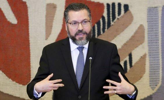 [Chanceler vai à Colômbia para apoiar ajuda humanitária à Venezuela]