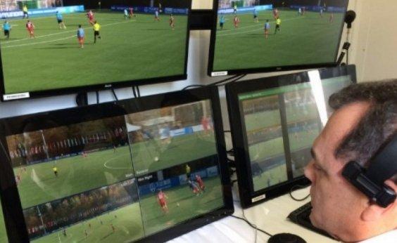 [CBF anuncia Supercopa do Brasil e diz que vai propor VAR na Série A]