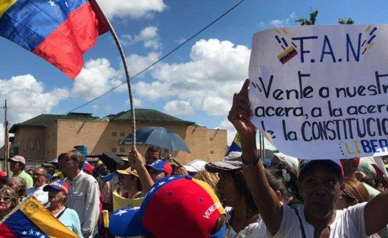 [Uma barreira na fronteira entre Colômbia e Venezuela é removida, diz embaixadora]