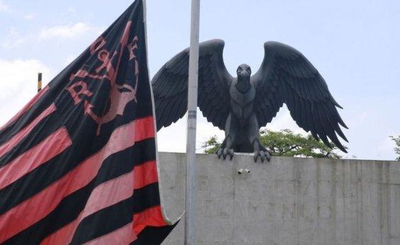 [Flamengo tem 5 dias para evitar interdição e bloqueio]