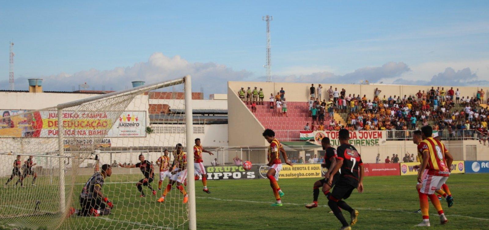 [Vitória empata com o Juazeirense em 1 a 1 no Adauto Moraes pelo Campeonato Baiano]