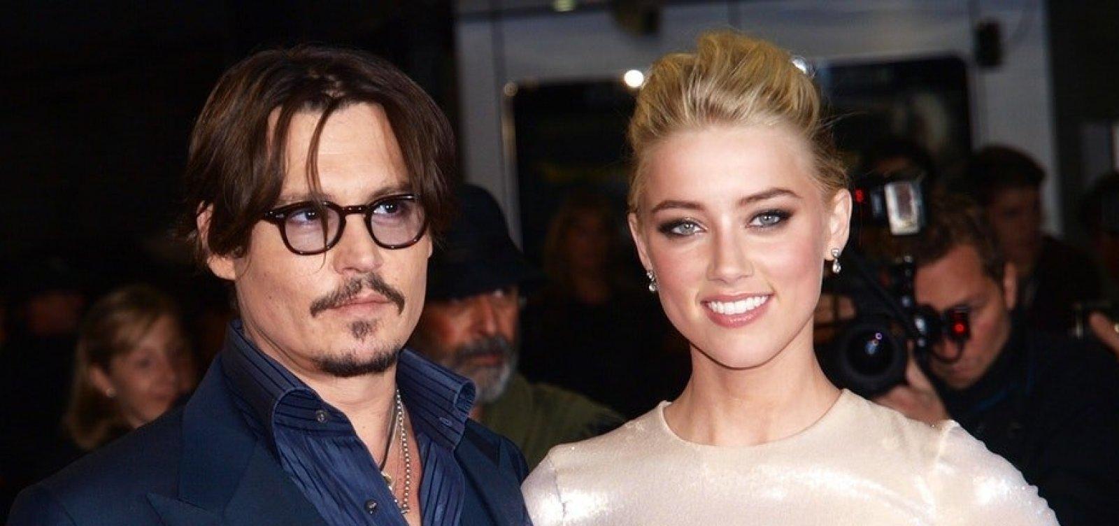 [Johnny Depp processa Amber Heard por difamação]
