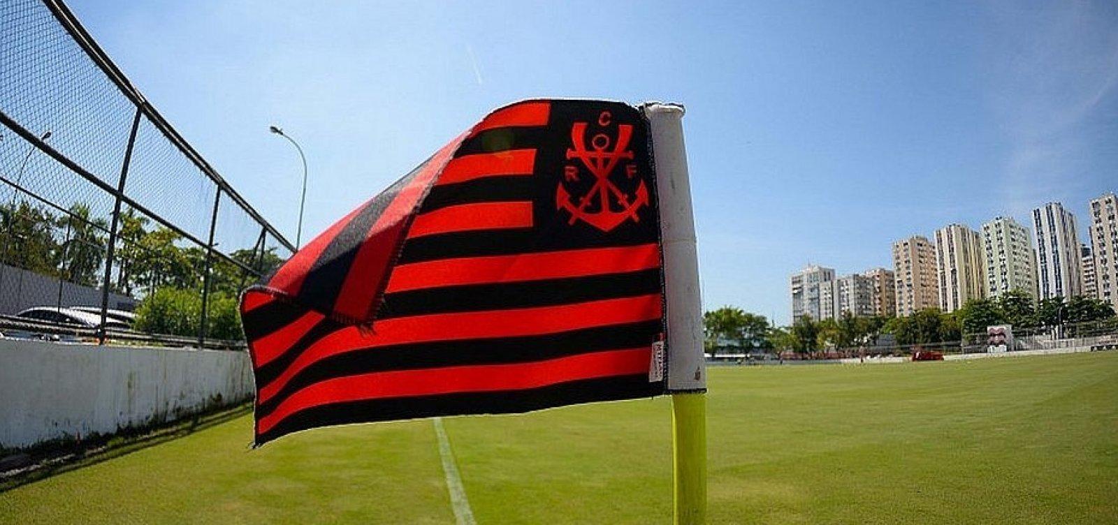 [Pouco mais de um mês após incêndio, base do Flamengo retoma atividades]