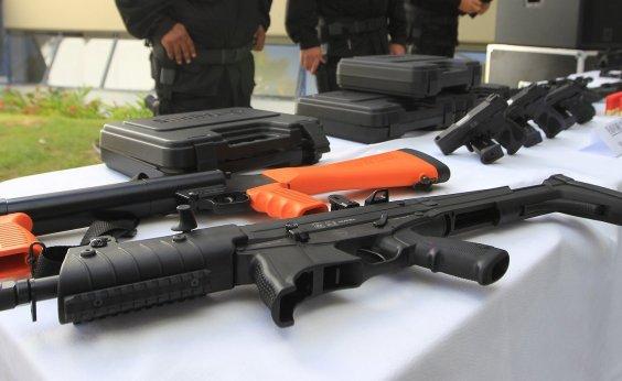 [Agentes penitenciários da Bahia recebem armas de fogo para utilização no trabalho]