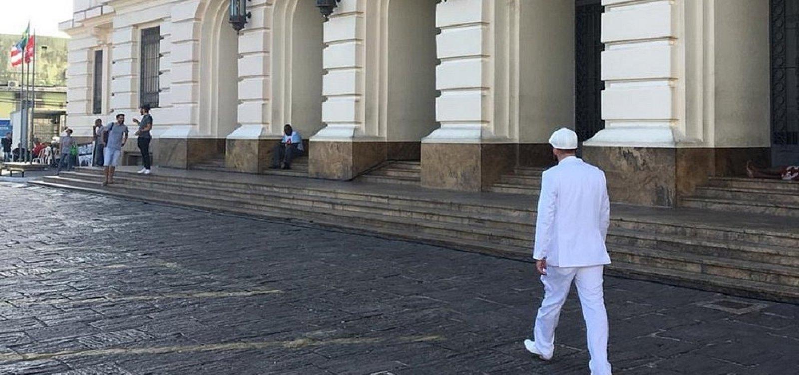 [Após advogado ser barrado, OAB pedirá que fóruns permitam uso de traje religioso]