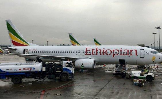 [Boeing suspende entregas do 737 MAX]