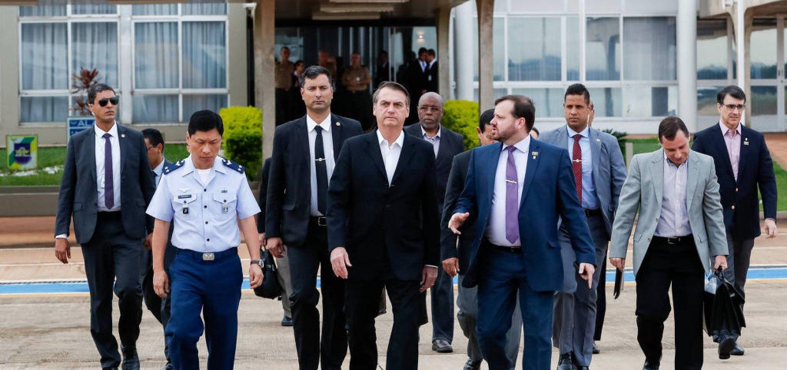 [Bolsonaro pousa em Washington para encontro com Trump]