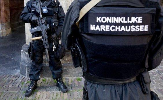[Suspeito de atentado na Holanda é preso pela polícia]