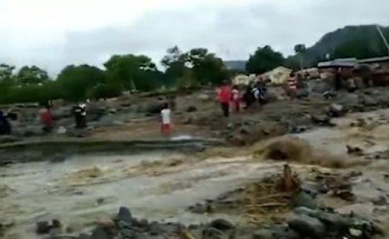 [Número de mortos em inundações na Indonésia chega a 89]