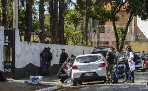 [Após atentados, alunos voltam para escola em Suzano]