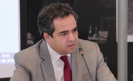 [Presidente do Senado do Chile recusa convite para almoço com Bolsonaro]