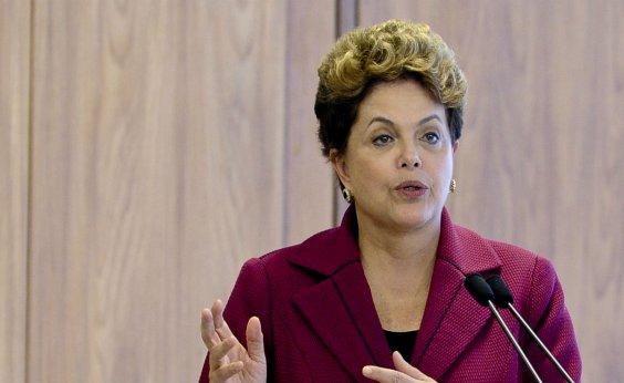 [Dilma chama Bolsonaro de 'aventureiro com visão neofascista']