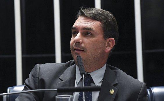 [Flávio Bolsonaro faz aceno a Rodrigo Maia: 'É fundamental']
