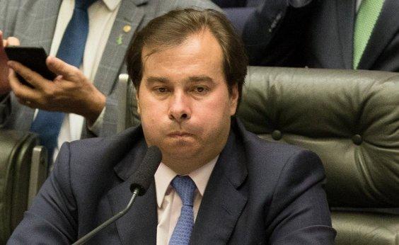 [Maia reúne aliados para anular reforma da previdência de Bolsonaro e retomar antigo texto]
