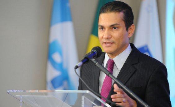 [Presidente do PRB ataca Bolsonaro: 'Parece não querer aprovar a reforma']