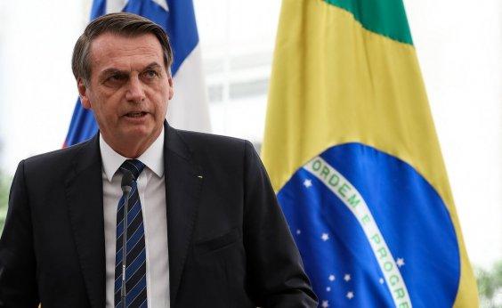 [Bolsonaro ataca esquerda após confissão de Battisti]
