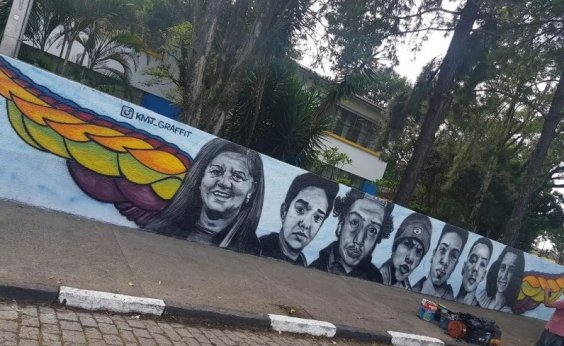 [Após massacre, escola Raul Brasil retoma atividades em horário regular]