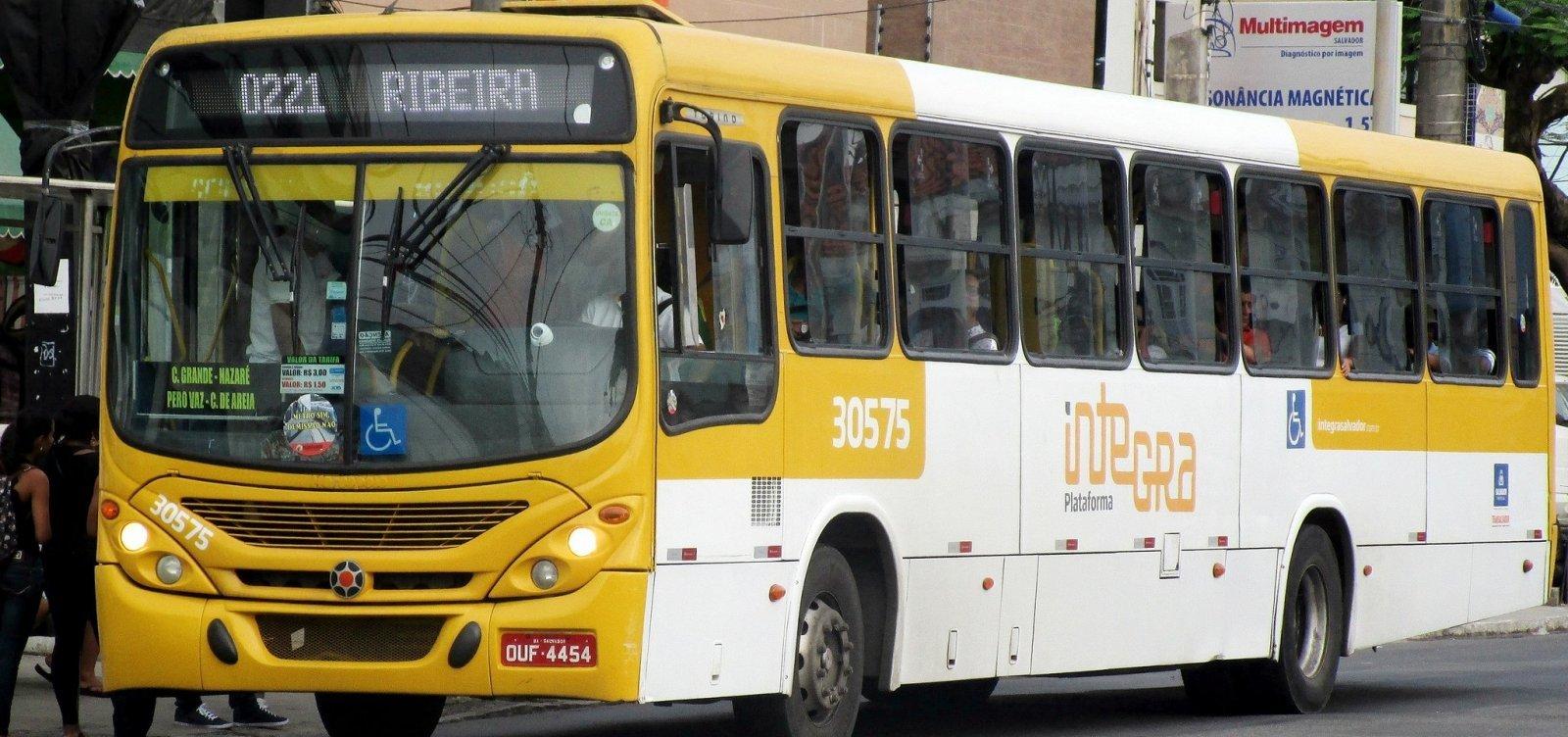 [Rodoviários decidem proibir entrada de baleiros em ônibus de Salvador]