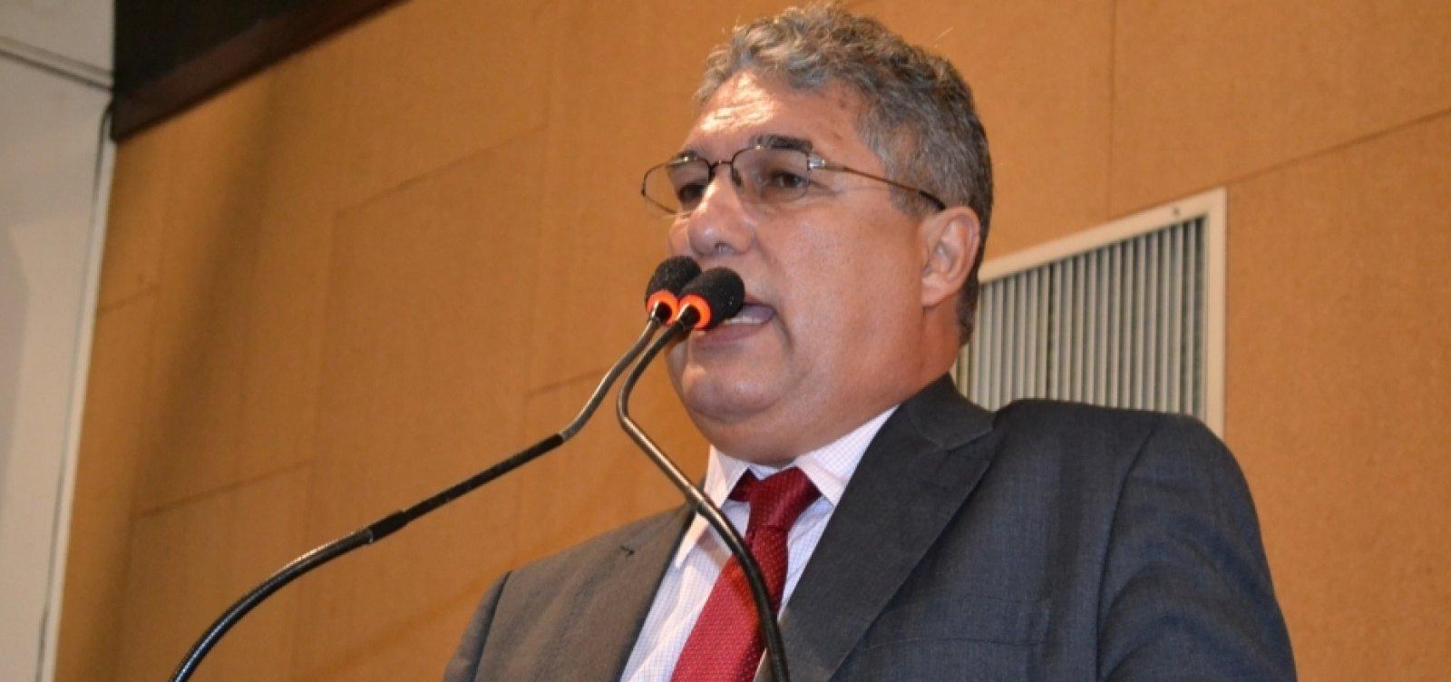 [Líder do governo na AL-BA diz que greve de professores estaduais é 'precipitada']