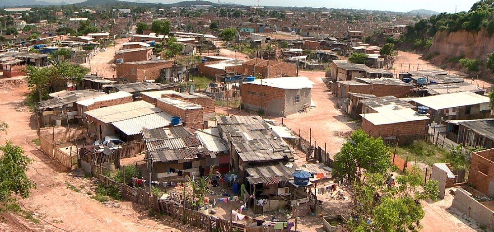 [Pobreza aumenta no Brasil, diz relatório do Banco Mundial]
