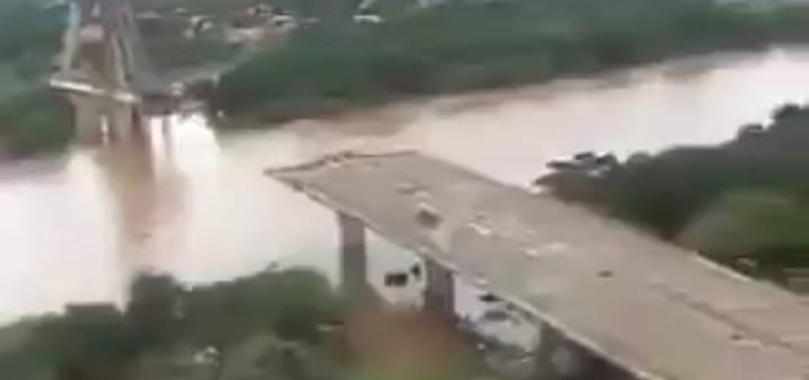 [Chuva deixa Teresina e mais 14 municípios piauienses em estado de emergência]