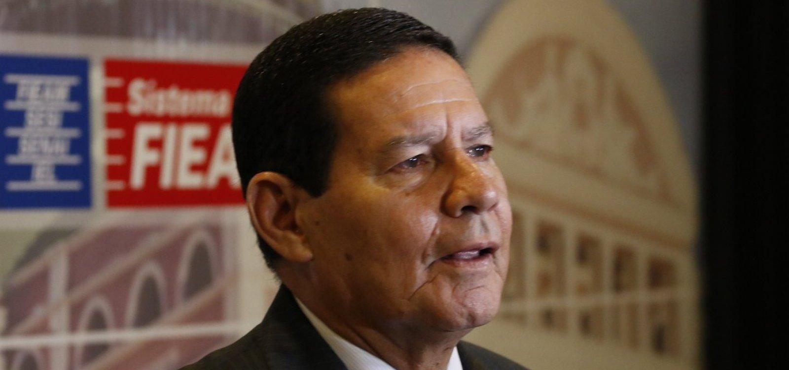 [Mourão diz que 'conta' irá para as Forças Armadas se Bolsonaro 'errar demais']