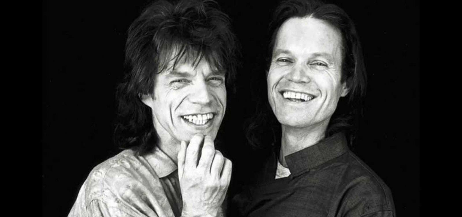 [Irmão de Mick Jagger diz que é uma sorte o astro ainda estar vivo após problema cardíaco]