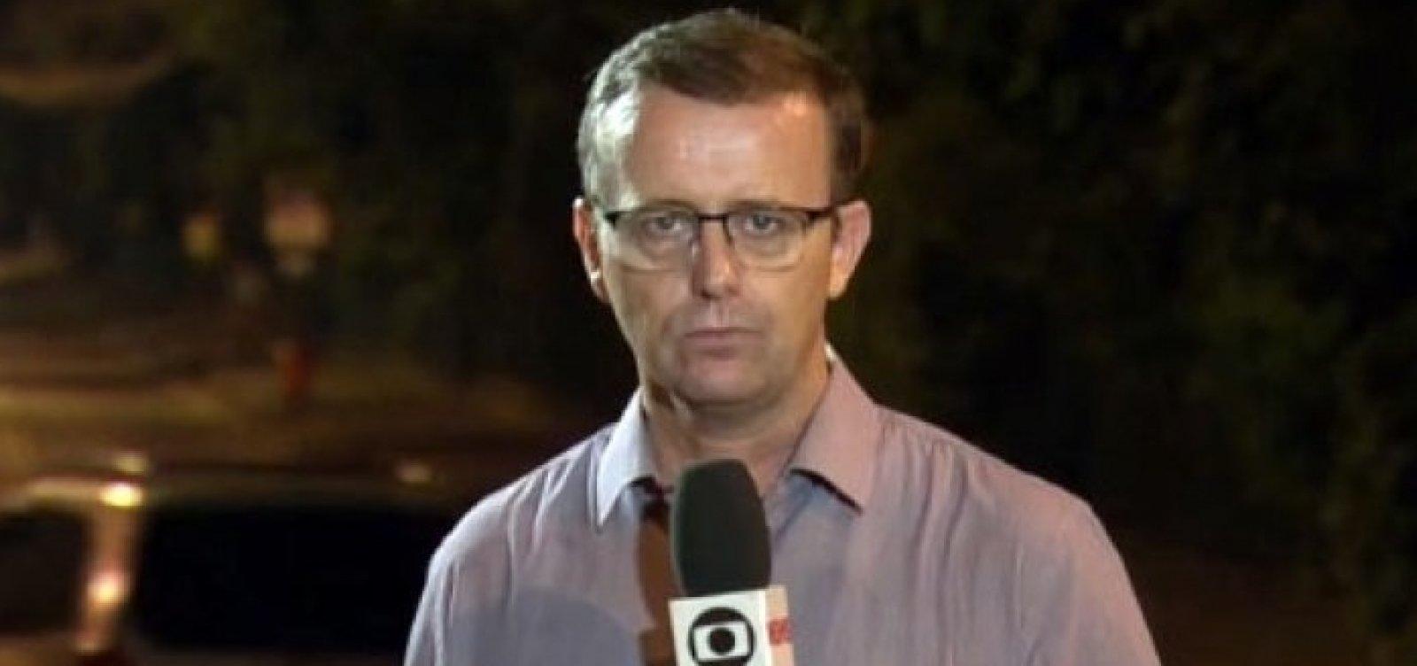 [Jornalista da Globo é ameaçado por cobertura de carro fuzilado pelo Exército]