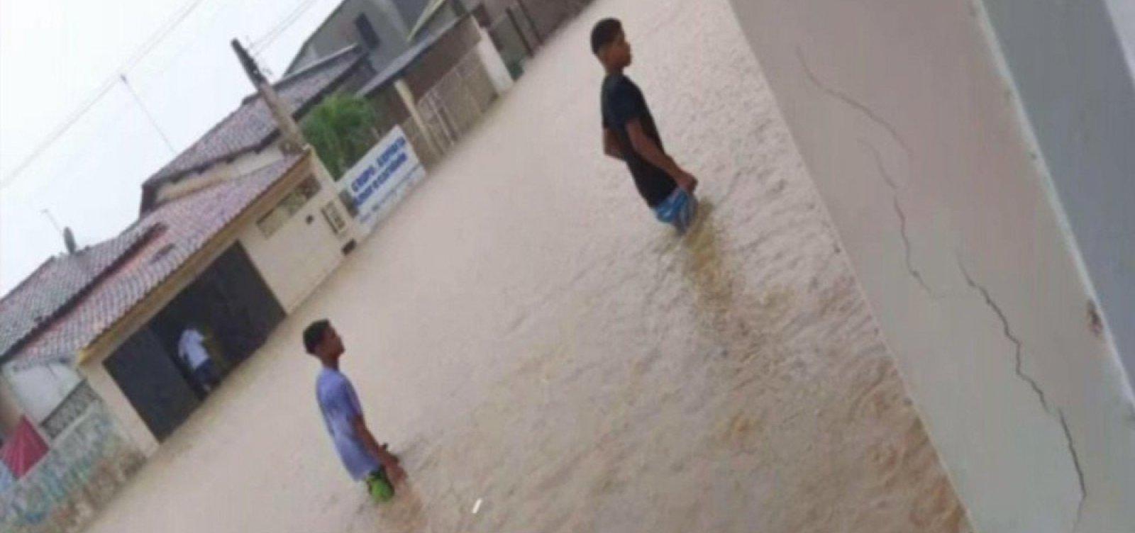 [Prefeitura declara estado de emergência após chuvas em São Sebastião do Passé]