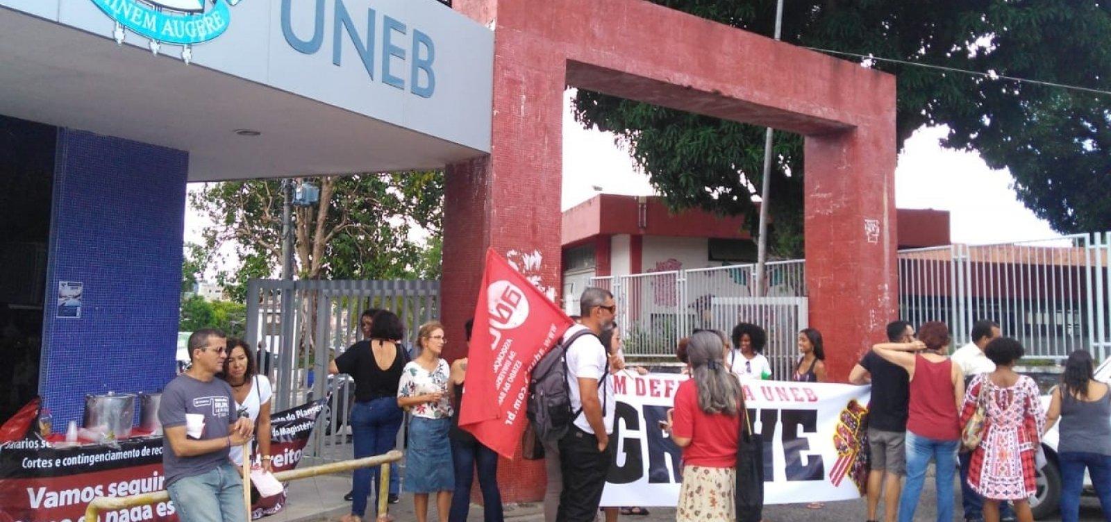 [Coordenadora da Aduneb diz que recurso anunciado por Rui 'não atendeuem nada a pauta dos professores']